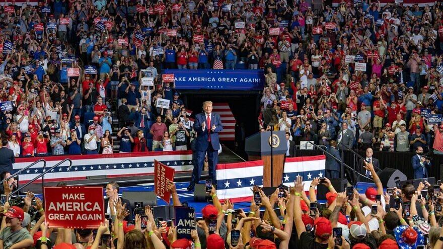 U.S. President Donald Trump at a presidential campaign rally in Tulsa, Okla., on June 20, 2020. Source: Donald Trump via Twitter.