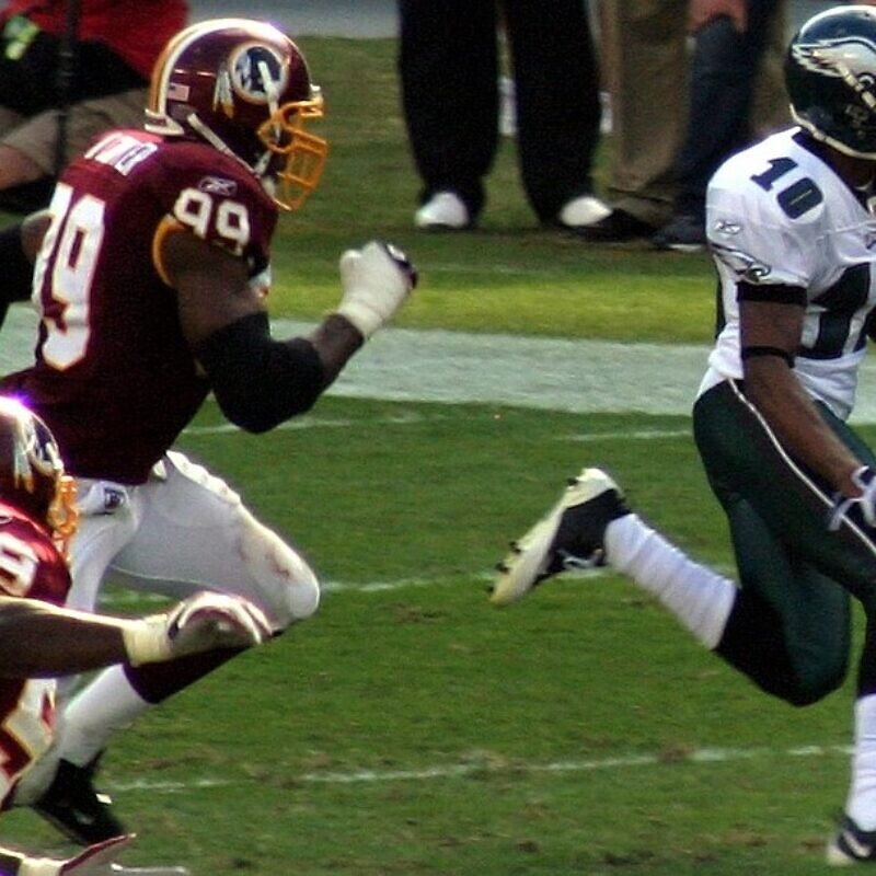 Philadelphia Eagles wide receiver DeSean Jackson during a 2008 game against the Washington Redskins. Credit: Mr. Shultz via Wikimedia Commons.