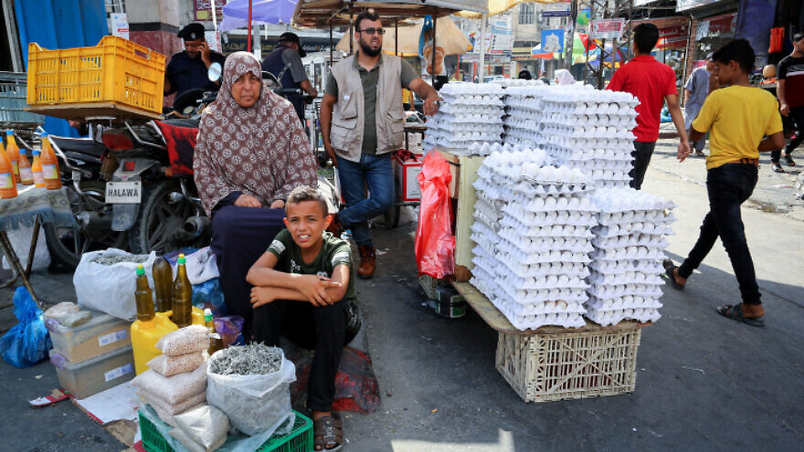 Palestinians in the market in Rafah in the southern Gaza Strip on July 11, 2020. Photo by Abed Rahim Khatib/Flash90.