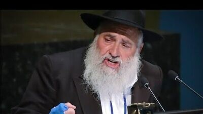 Rabbi Yisroel Goldstein, former leader of Chabad of Poway in Southern California. Source: YouTube.
