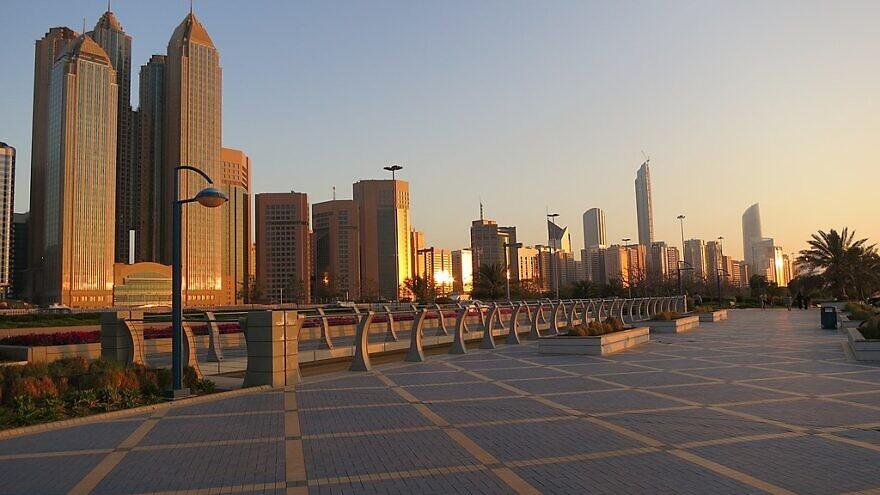 Abu Dhabi, United Arab Emirates, March 27, 2013. Photo: Wikimedia Commons.