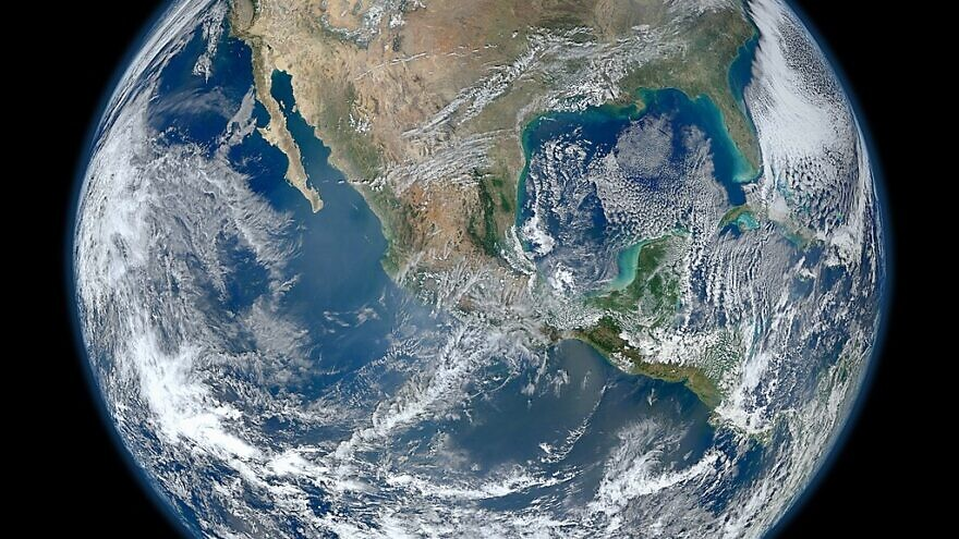 An image of the Earth taken from the VIIRS instrument aboard NASA's Earth-observing research satellite, Suomi NPP, on Jan. 4, 2012. Photo: Norman Kuring/NASA/NOAA/GSFC/Suomi NPP/VIIRS.