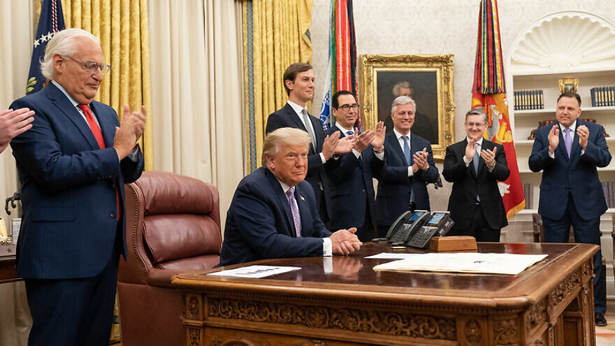 U.S. President Donald Trump, joined by White House senior staff members, delivers a statement announcing the normalization agreement between Israel and the United Arab Emirates, on Aug. 13, 2020. Credit: White House/Joyce N. Boghosian.
