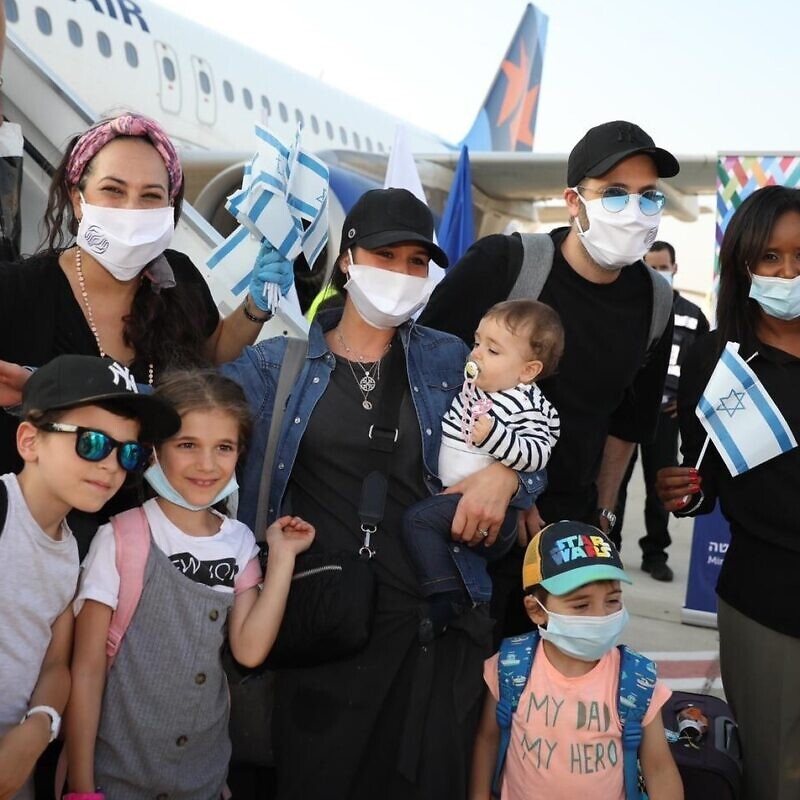 A total of 140 new arrivals from France landed at Ben-Gurion International on Aug. 3, 2020. Photo by Olivier Fitoussi.