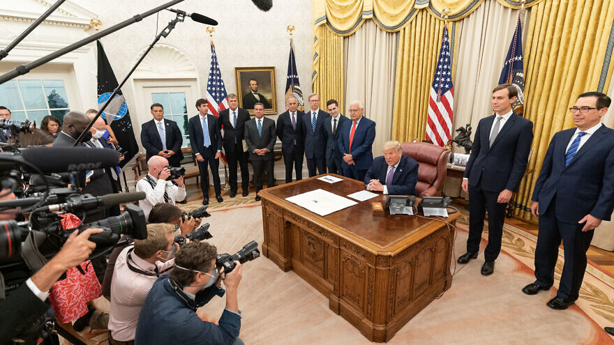 U.S. President Donald Trump, joined by White House senior advisers, delivers a statement announcing the agreement of full normalization of relations between Israel and the United Arab Emirates on Aug. 13, 2020. Credit: Joyce N. Boghosian/The White House.