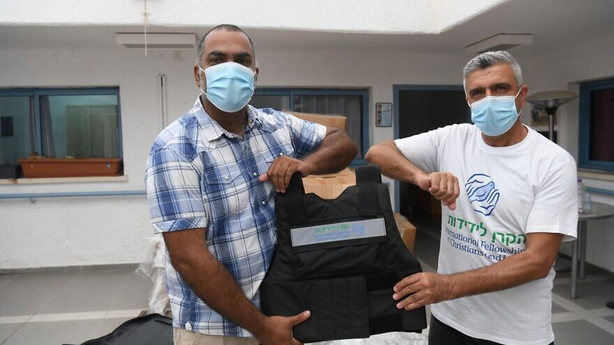 The International Fellowship of Christians and Jews distributed approximately 500 protective vests for social workers and emergency response workers in Negev communities on Sept. 1, 2020. Photo by Yossi Zeliger.