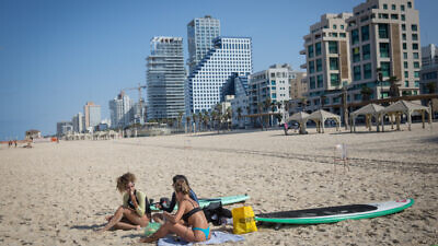 A deserted beach in Tel Aviv during a nationwide COVID-19 lockdown on Oct. 12, 2020. Photo by Miriam Alster/Flash90.