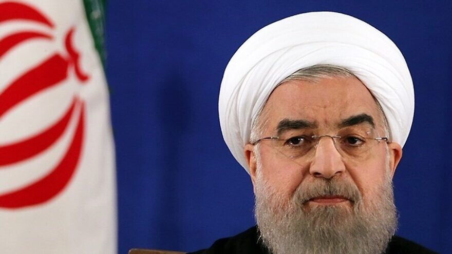 Iranian President Hassan Rouhani holding a press conference after his victory in the 2017 presidential election. Credit: Mahmoud Hosseini/Wikimedia Commons.