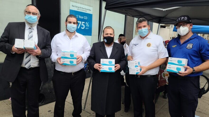 Agudath Israel of America coordinated a mask distribution in the heavily Orthodox neighborhood of Boro Park in Brooklyn, N.Y. Credit: Agudath Israel of America.
