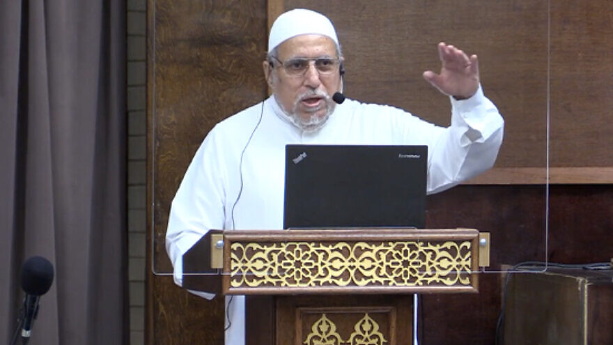 Virginia Imam Shaker Elsayed delivered a Friday sermon at the Dar Al-Hijra Islamic Center in Fairfax County, Virginia on November 6, 2020. (Credit: MEMRI)