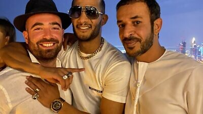 Israeli singer Omer Adam (left) in a picture with famous Egyptian singer and actor Mohamed Ramadan (center). Source: Twitter.