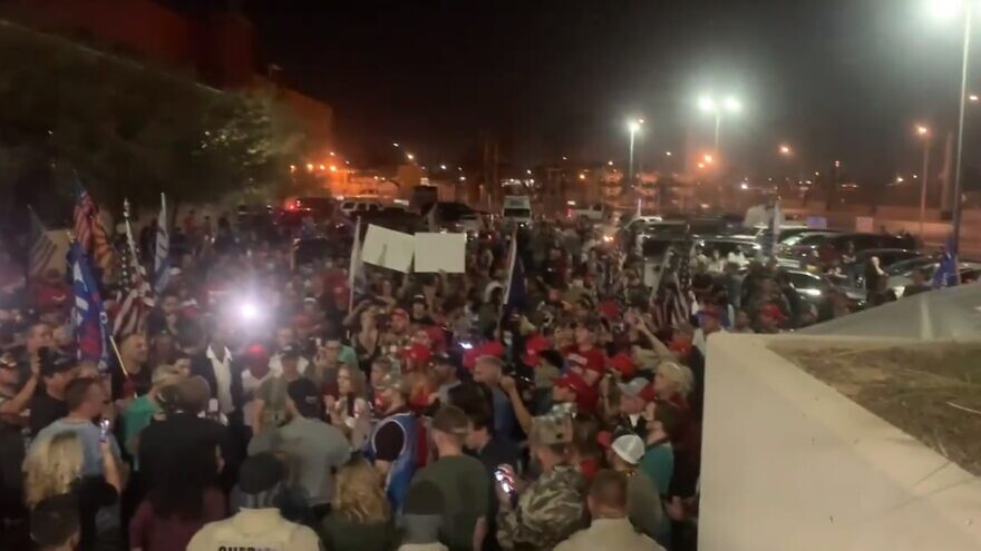 Supporters of U.S. President Donald Trump rally outside of a ballot-counting center in Maricopa County, Ariz. Source: Screenshot.