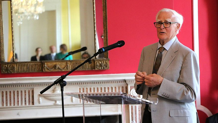 John le Carré giving a speech in 2017. Credit: Wikimedia Commons/German Embassy London.