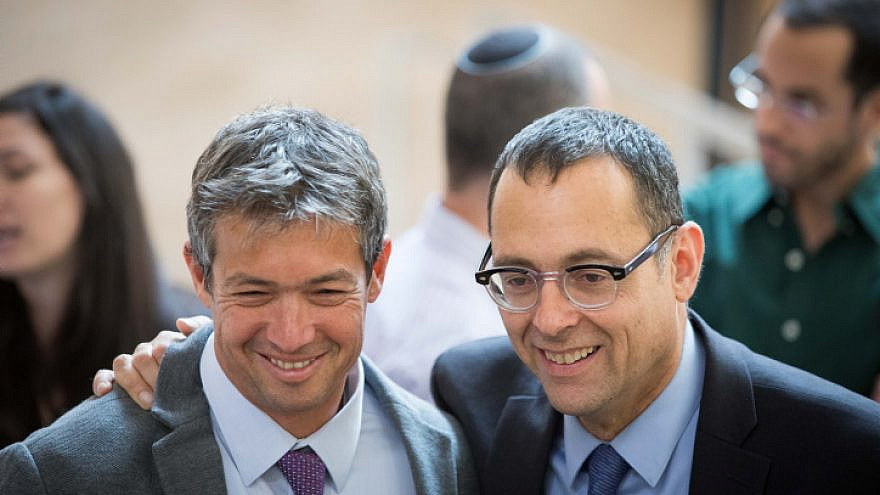 Knesset members Yoaz Hendel (left) and Zvi Hauser ahead of the opening session of the new government on April 29, 2019. Photo by Noam Revkin Fenton/Flash90.