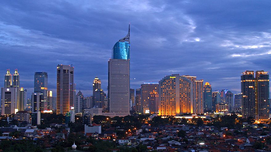 A skyline view of Jakarta, Indonesia. Credit: Wikimedia Commons/yohanes budiyanto.