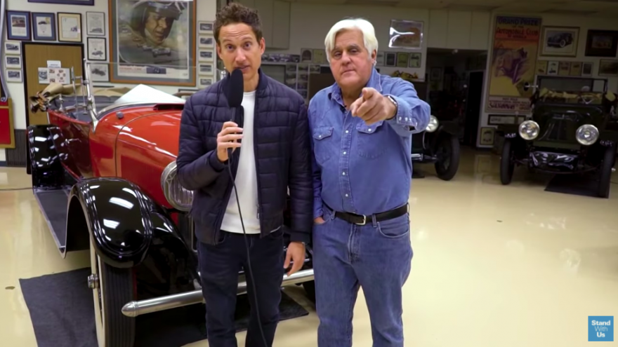 Comedian Jay Leno speaking in a pre-recorded message. Source: Screenshot.