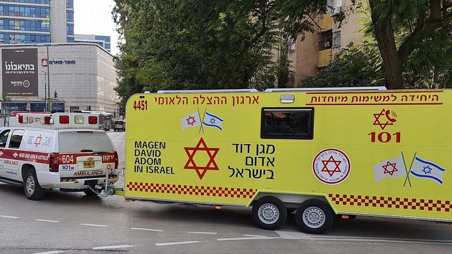 A Magen David Adom vaccine caravan. Courtesy: MDA Spokesman.
