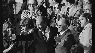 Egyptian President Anwar Sadat (left) and Israeli Prime Minister Menachem Begin during a Joint Session of Congress when U.S. President Jimmy Carter announced the results of the Camp David Accords, Sept. 18, 1978. Credit: Warren K. Leffler of U.S. News & World Report, Library of Congress via Wikimedia Commons.