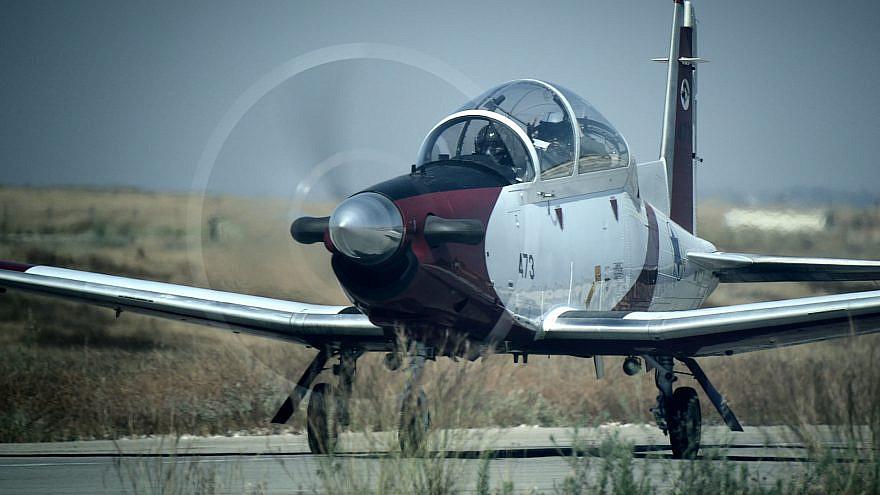 A Beechcraft T-6 Texan II training aircraft. Credit: Elbit Systems.