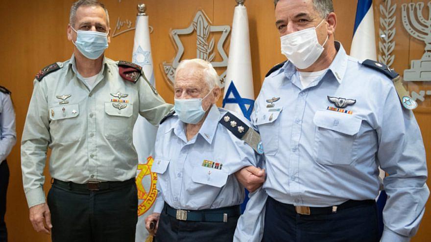 IDF Chief of General Staff Lt. Gen. Aviv Kochavi (left) and IAF commander Maj. Gen. Amikam Norkin (right) promote 105-year old IAF founding member Alex Ziloni to the rank of colonel, Feb. 19, 2021. Source: IDF Twitter.