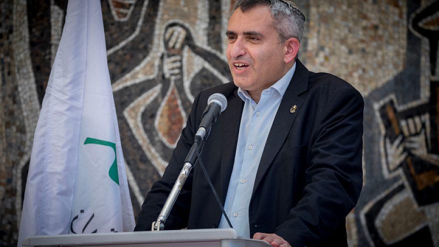 Ze'ev Elkin speaks on May 18 2020. Photo by Yonatan Sindel/Flash90