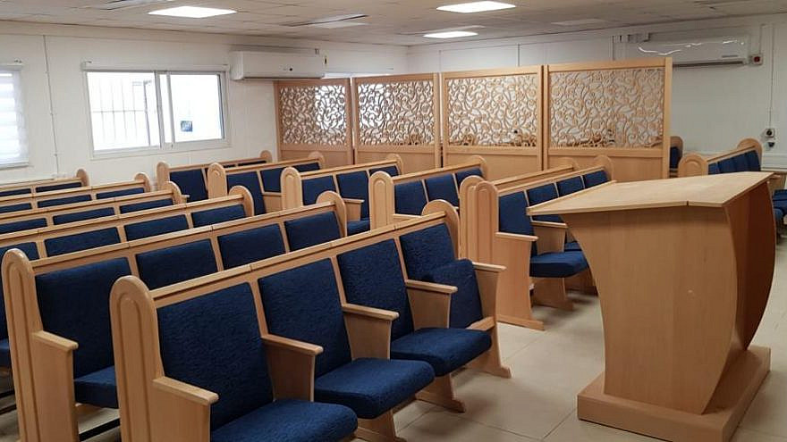 The newly renovated synagogue for use by the Tomer division of the Givati Brigade at a training base in the Negev Desert, Feb. 17, 2021. Credit: IDF.