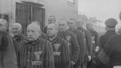 Prisoners in the concentration camp at Sachsenhausen, Germany, in December 1938. Credit: Wikimedia Commons.