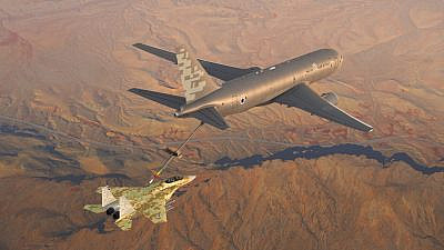Tanker jet manufactured by Boeing, which the Israeli military will be acquiring. Credit: Boeing.