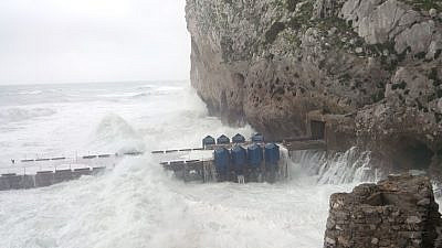 Eco Wave Power technology in action. Credit: Eco Wave Power.