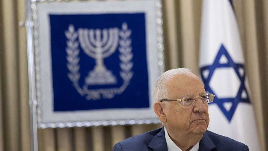 Israeli President Reuven Rivlin meets with representatives of the Yesh Atid Party at the President's Residence in Jerusalem on April 5, 2021. Photo by Yonatan Sindel/Flash90.
