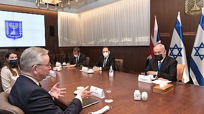 Israeli Prime Minister Benjamin Netanyahu with visiting U.K. Cabinet Minister Michael Gove at the Prime Minister's Office in Jerusalem, April 20, 2021. Credit: Kobi Gideon/GPO.
