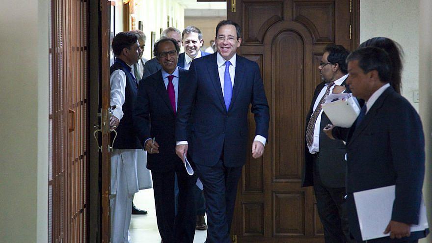 Thomas Nides in Islamabad April 4, 2012. Credit: U.S. Embassy Pakistan/Flickr.