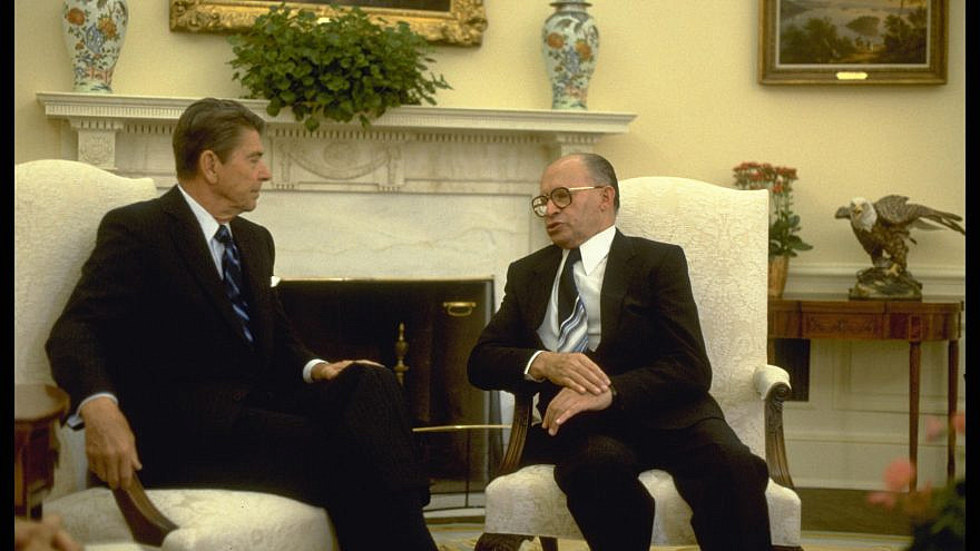 Israeli Prime Minister Menachem Begin with U.S. President Ronald Reagan in Washington, D.C., in 1981. Credit: Sa'ar Yaacov/GPO.