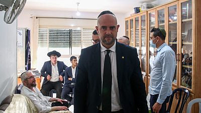 Israeli public security minister Amir Ohana in Tzfat, visiting the family of Shlomo Zalman, who died on April 30 in the Meron stampede, May 5, 2021. Photo by David Cohen/Flash90.