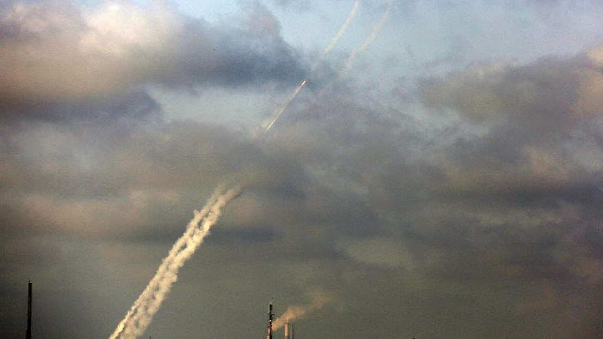 Terrorist groups in the Gaza Strip launch rockets at Israel on May 11, 2021. Photo by Atia Mohammed/Flash90.