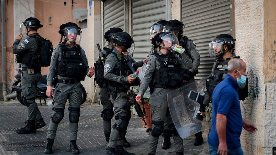 Israeli Border Police in Jaffa, where Arab Israelis have been rioting and causing damage, as part of a wave of internal violence in the Jewish state, May 11, 2021. Photo by Avshalom Sassoni/Flash90.