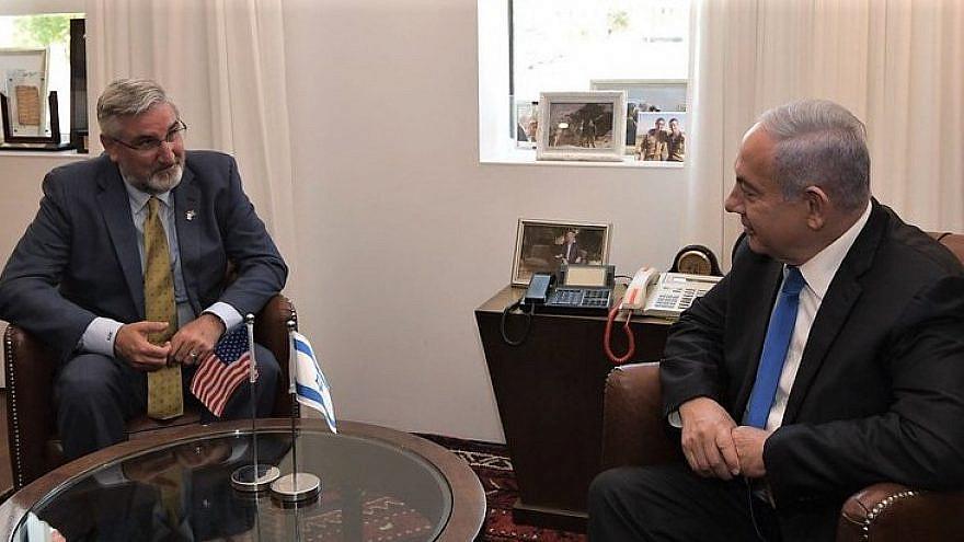 Indiana Gov. Eric J. Holcomb with Israeli Prime Minister Benjamin Netanyahu in Jerusalem, May 2021. Credit: Imagine Indiana/Flickr.