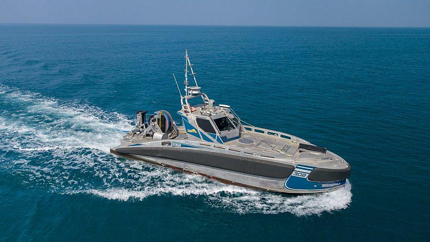 """""""Seagull USV"""" zapewnia siłom morskim kilka istotnych zalet w zakresie zdolności patrolowania, monitorowania i neutralizowania zagrożeń, zarówno na powierzchni morza, jak i pod wodą.  Źródło: Elbit Systems."""