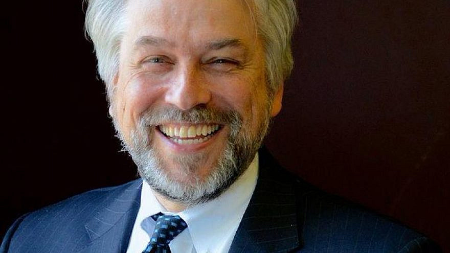 Andrew Getraer is stepping down after 20 years as executive director of Rutgers Hillel.