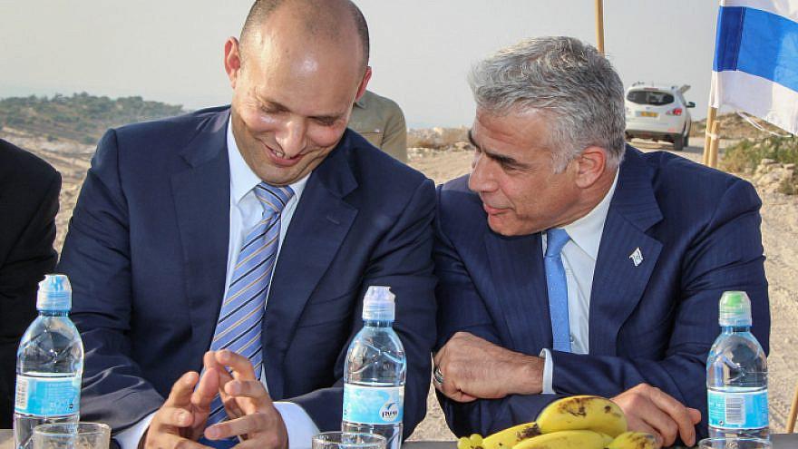 Naftali Bennett and Yair Lapid in 2017. Photo by Gershon Elinson/Flash90