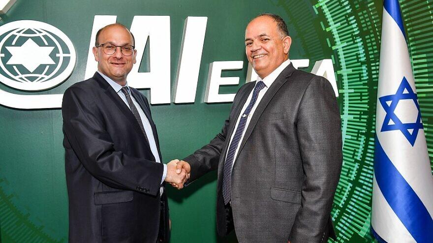 Dr. Shlomi Kodesh (left), Director-General of the Soroka University Medical Center, and IAI-Elta CEO Yoav Turgeman at the signing ceremony, June 6. Credit: IAI