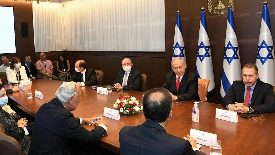 Israeli Prime Minister Benjamin Netanyahu meets with a delegation of U.S. Jewish leaders from the Jewish Federations of North America. Credit: Amos Ben-Gershom/GPO
