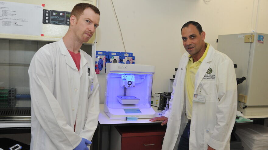 Dr. Idan Redenski, project director at the Tissue Engineering Laboratory (left) and Prof. Samer Srouji, Head of the Galilee College of Dental Sciences, Director of The Oral and Maxillofacial Surgery, Oral Medicine and Dentistry Institute, Galilee Medical Center (Right) with CellInk BioX 2.0 3D bioprinter. Photo: Courtesy of Galilee Medical Center