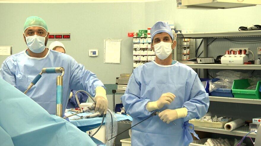 Dr. Maharan Badran and Dr. Kamal Khatib during bariatric surgery live-streamed from Galilee Medical Center in Nahariya, Israel. Photo: Cameo Multimedia