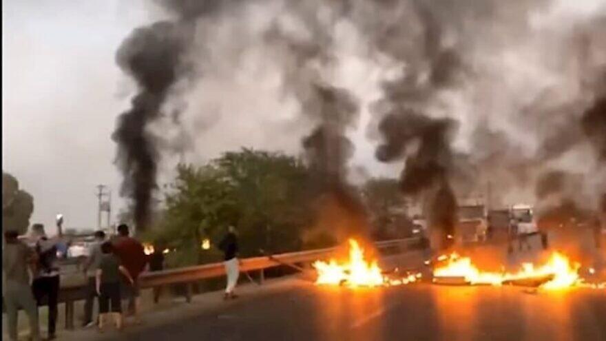 Protests in Khuzestan, July 24, 2021. Source: Twitter via Alireza Jafarzadeh.