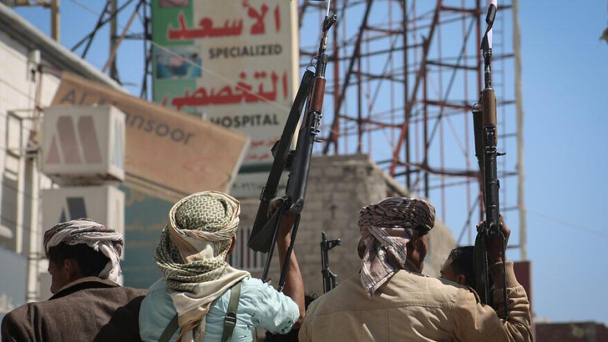 Fighters in the Yemeni city of Taizak. Credit: Ramalrasny/Shutterstock.
