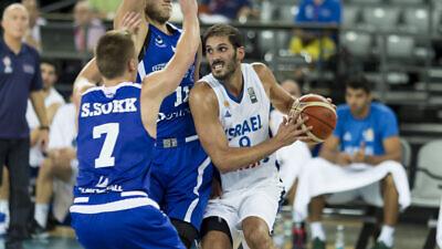 Omri Casspi playing in the EuroBasket 2015 between Israel and Estonia. Credit: DarioZg/Shutterstock.