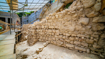 The section of the ancient city wall of Jerusalem recently unearthed at the City of David National Park. Credit: Kobi Harati/City of David.