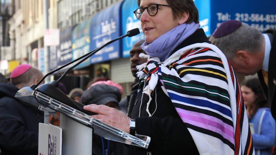 Sharon Kleinbaum, rabbi of New York's Beit Simchat Torah—the world's largest LGBTQ congregation. Source: Facebook/Beit Simchat Torah.