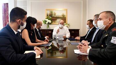 Israeli Prime Minister Naftali Bennett preparing for his meeting with U.S. President Joe Biden on Aug. 26, 2021. Source: Naftali Bennett/Twitter.